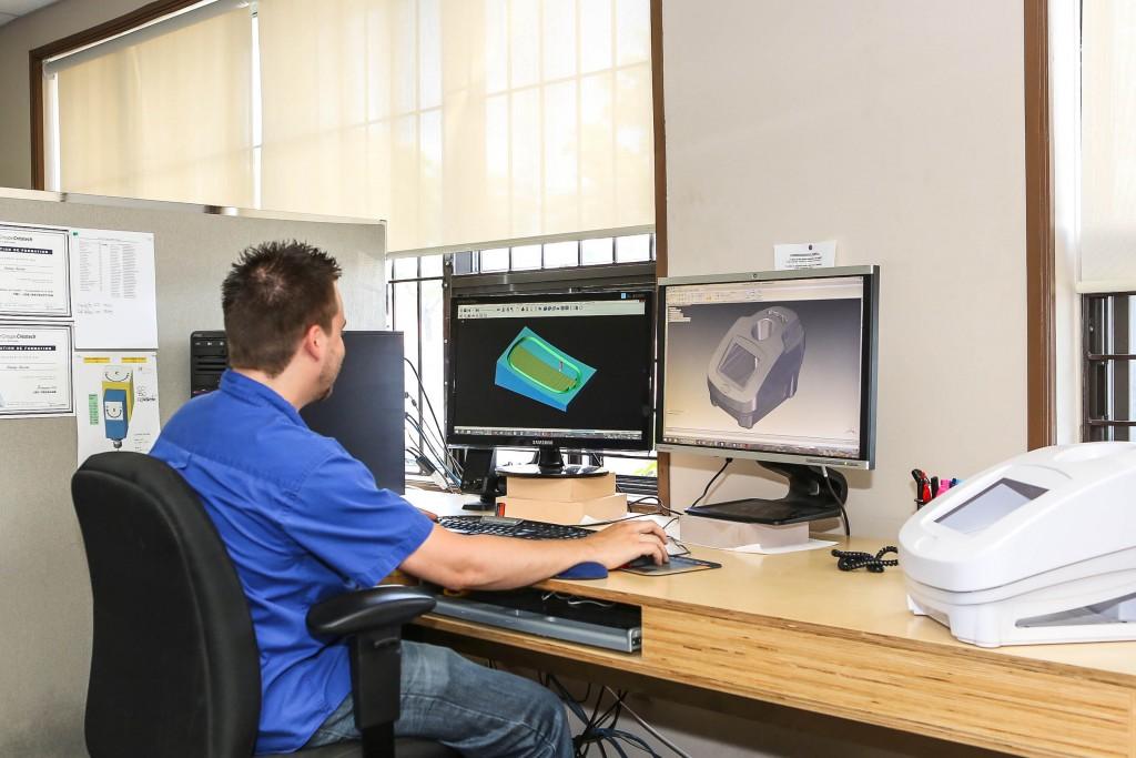 Plastitel-thermoformage-thermoforming-profil-R&D-